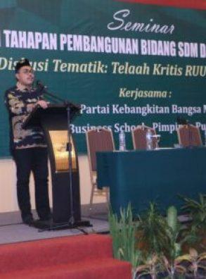 Jazilul Fawaid: Pesantren Lebih Unggul Dari Lembaga Pendidikan Lainnya